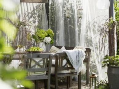 Balkony, tarasy i dekoracje, czyli jak przygotować się na czas słońca i relaksu