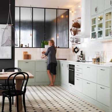 11 inspirujących pomysłów na aranżację kuchni dla zwolenników stylu klasycznego i nowoczesnego :)