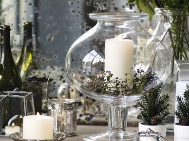 Świąteczna dekoracja stołu na uroczystą kolację z przyjaciółmi (47792)