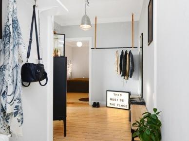 Mały przedpokój w mieszkaniu w stylu skandynawskim (49010)