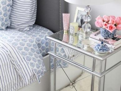 Lustrzana szafka nocna w sypialni (50111)