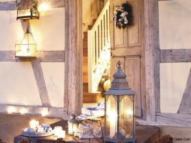 Dekoracje świąteczne z lampionami i wiankami (19011)