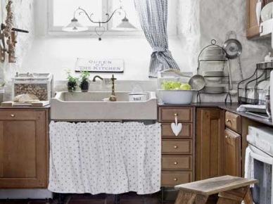 Rustykalna kuchnia w romantycznym stylu shabby chic (21481)