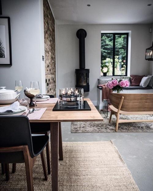 Wnętrza tygodnia z instagramu, czyli przytulna aranżacja domu z drewnianymi meblami