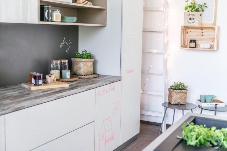 Jak wybrać fronty kuchenne i jakie dobierać do nich dekoracje?
