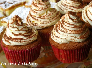 In my kitchen: Tiramisu cupcakes (1192)