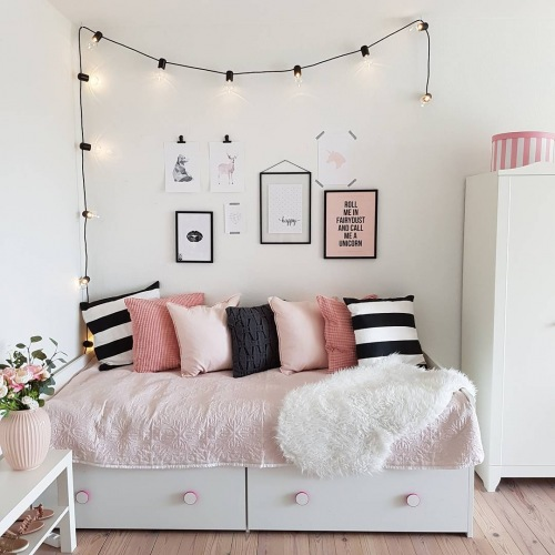 Inspirujące wnętrza z instagramu, czyli prosta pastelowa aranżacja mieszkania w stylu skandynawskim