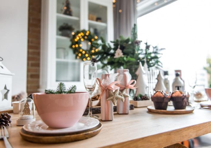 Pomysł na elegancki prezent na święta, czyli jak zapakować upominek dla bliskiej osoby!